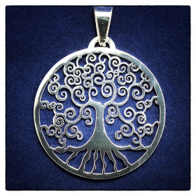 Obesek Yggdrasil - mitsko drevo življenja