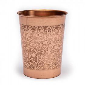 Bakren kozarec s cvetnim vzorcem
