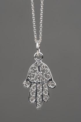 Obesek Fatimska roka na verižici, srebro